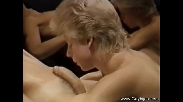bareback sex in the mirrors what a special ho vintage gay