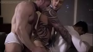 gay porn new venyveras five too love to enjo bareback gay