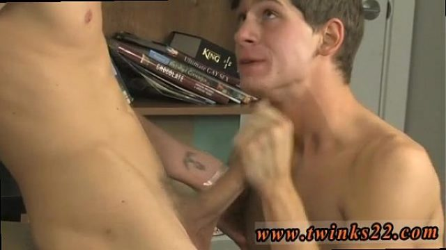 twinksfuckhot very exciting very beautiful twink gay