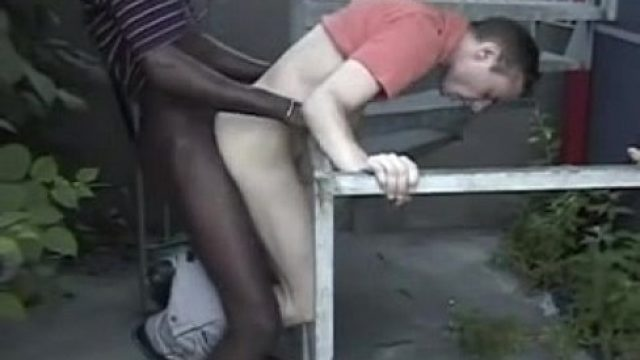 chocolate and milk bareback outdoor Bareback Gay